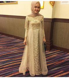 Gamis Aksen Renda Dan Brokat Model Busana Pinterest Dresses