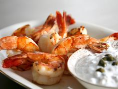 I'm getting hungry looking at these photos. Thank goodess I live in Greece and can go eat these--Grilled Prawns with Caper Tzatziki