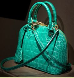 Louis Vuitton - 2013. O-M-G!!! I must have this bag!!!