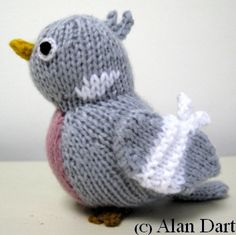 Do you enjoy knitting? Alan Dart designed a wonderful Percy the Pigeon knitting pattern to help raise funds for the charity Bullying UK. Knitting Designs, Knitting Patterns Free, Knitting Projects, Crochet Patterns, Knitting Ideas, Loom Knitting, Hand Knitting, Knitting Toys, Crochet Yarn