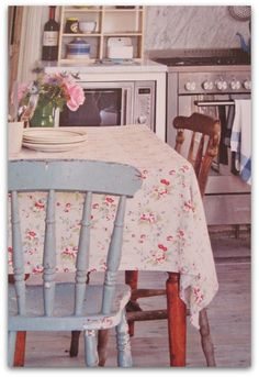 love the vintage pieces, with the new appliances