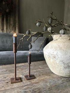 Direttamente dal Giappone il trend Wabi Sabi - my touch design Wood Interior Design, Rustic Design, Rustic Decor, Rustic Style, Rustic Cafe, Rustic Backdrop, Rustic Curtains, Kitchen Rustic, Rustic Cottage