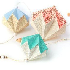 Pampille en origami expliqué en tuto par Adeline Klam