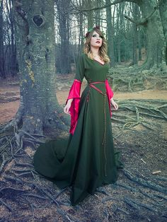 Celtic princess green wool and red silk costume Medieval dress. €375.00, via Etsy. Simple dress design