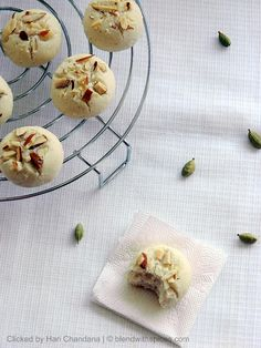 Indian Cuisine: Nan Khatai ~ Eggless Indian Cookies Recipe