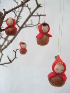Five hazlenut elves by cloudberrydesigns on Etsy, £18.00