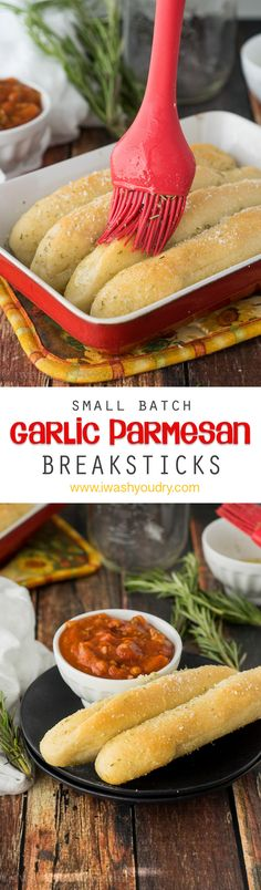 Garlic Parmesan Breadsticks Satisfy your cravings with these easy Small Batch Garlic Parmesan Breadsticks!Satisfy your cravings with these easy Small Batch Garlic Parmesan Breadsticks! Cooking For Two, Batch Cooking, Small Batch Baking, Bread Recipes, Cooking Recipes, Chicken Recipes, Recipe For 1, Recipe Recipe, Good Food