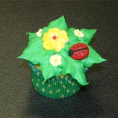 leaf tip cupcake
