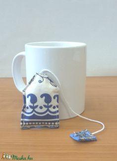 Könyvjelző levendulával - teafilter (SZOFIsticated) - Meska.hu Diy Products, Mugs, Tableware, Dinnerware, Tumblers, Tablewares, Mug, Dishes, Place Settings