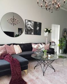 Kitnet & Studio Decoration: Designs & Photos - Home Fashion Trend Living Room Modern, Home Living Room, Living Room Designs, Black Couches, Black Couch Decor, Trendy Home, Living Room Inspiration, Decor Room, Home Interior
