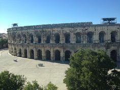 Nîmes şu şehirde: Languedoc-Roussillon