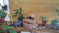 Animais de paietagem Planter Pots, Driftwood, Safari Party, Animals, Drift Wood