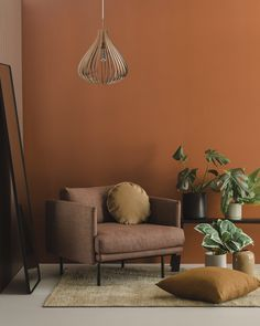 Decor Room, Living Room Decor, Living Room Orange, Orange Bedroom Walls, Orange Accent Walls, Cosy Room, Brown Walls, Living Room Designs, Living Spaces