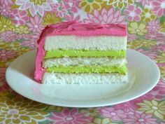 bellesbowsandaniphone:  LOVE this pink and green cake!