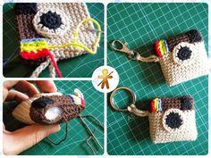 AmigurumisFanClub: Instagram inspiration!!! Crochet Key Cover, Crochet Phone Cover, Love Crochet, Crochet Gifts, Diy Crochet, Crochet Keychain Pattern, Crochet Shrug Pattern, Crochet Bookmarks, Knitting Machine Patterns