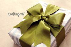 Craftingeek*: Cómo hacer moño para regalo paso a paso