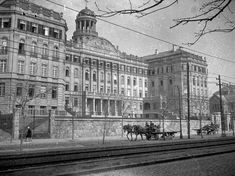 Old Pictures, Old Photos, Budapest Hungary, Historical Photos, The Past, Louvre, Street View, History, Building