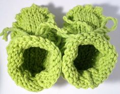 Knit Baby Booties Gender Neutral Baby Clothes by FunkyAirBear