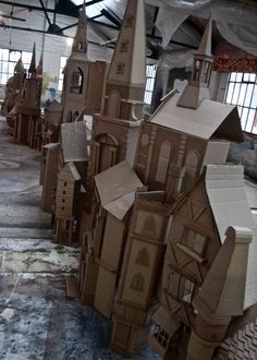 Simon Costin's Charles Dicken's  19th Century London street scene made entirely from cardboard boxes