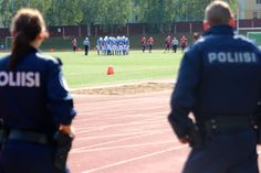 """You behave, now!"" Tampere Saints gave a beating under strict supervision last Saturday (9.8.2014). Hyvikää Falcons did not sue."