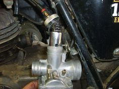 Picture of Install the Carburetor