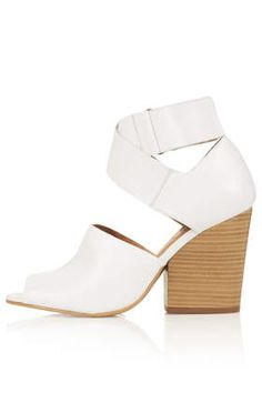 a96dc4288 Romantic Moon White Silver Womens Casual Sandals £49.99 from Clarks ...