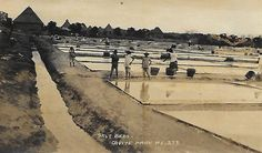 Salt Beds, Cavite Province, Philippine Islands. Circa 1930 Exotic Beaches, Tropical Beaches, Filipino Culture, Enjoying The Sun, Back In Time, Historical Pictures, Cool Photos, Interesting Photos, Southeast Asia