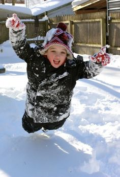 10 Ways for Kids to Have Fun in the Snow