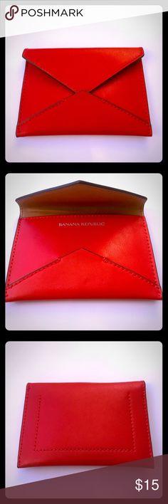 Banana Republic Women's card holder 💳💵 ❣️Women's Banana Republic card holder.  NWOT!  Super cute red envelope style. ❣️ Banana Republic Accessories Key & Card Holders