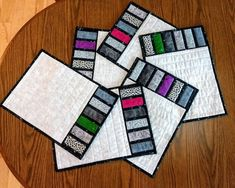 Quilted placemats Set of 6 placemats Grey placemats Bonus Grey Placemats, Quilted Placemat Patterns, Table Runner And Placemats, Table Runner Pattern, Quilted Table Runners, Placemat Sets, Quilt Patterns, Quilt Placemats, Small Quilts