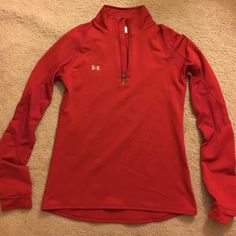 Under Armour 1/2 zip woman's pullover. Size small No stains, no holes! Worn once, washed once. Offers welcome! Under Armour Tops