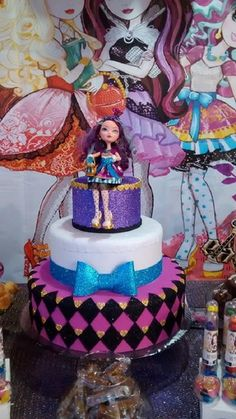 Bolo EVER AFTER HIGH