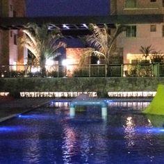 Park Premium Recreio piscina noite
