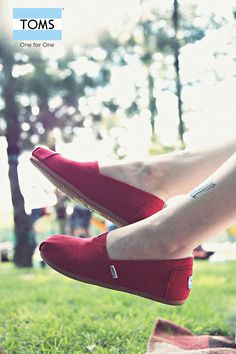 #toms #officeshoes #shoes #fashion #footwear #red #classic #summer