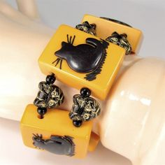 BLACK CAT Vintage BAKELITE Mahjong Tile Bracelet Czech Glass Beads OOAK Artisan