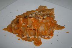 Pappardelle con farina integrale con crema di zucca porcini e noci