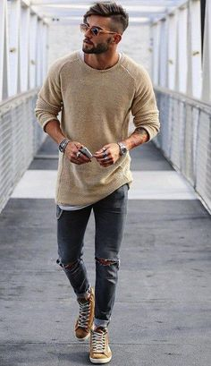 Moda masculina casual fashion sweaters ideas for 2019 Mode Man, Moda Blog, Herren Style, Mens Fashion Blog, Men's Fashion, Trendy Fashion, Classy Mens Fashion, Fashion Ideas, Mens Fashion 2018