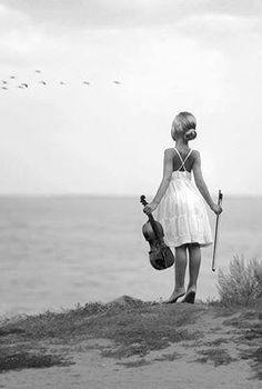 Η Επιστήμη είν'γι'αυτούς που μαθαίνουν...Η Ποίηση γι'αυτούς που ξέρουν...Μουσική για όλους!!! Η μουσική εκφράζει αυτά π θα'ταν καλύτερο να αποσιωπηθούν.