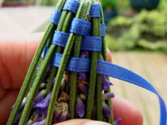 how to make lavender wands - useful for spring when my lavender bush explodes!