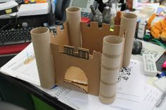 Art Room In Progress: Grade Cardboard Castle Sculptures (teacher did wi. - Art Room In Progress: Grade Cardboard Castle Sculptures (teacher did with i would lik - Cardboard Castle, Cardboard Tubes, Cardboard Crafts, Paper Crafts, Cardboard Sculpture, School Projects, Projects For Kids, Diy For Kids, Craft Projects
