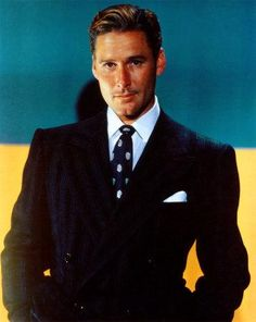 Errol Flynn - better-looking than ANY guy in Hollywood today!