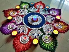 Rangoli Art is the traditional art of India. It is believed that having Rangoli Design in front of your house brings good luck apart from home decoration pur. Easy Rangoli Designs Diwali, Rangoli Simple, Indian Rangoli Designs, Simple Rangoli Designs Images, Rangoli Designs Latest, Rangoli Designs Flower, Free Hand Rangoli Design, Rangoli Border Designs, Small Rangoli Design
