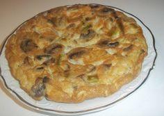 Tortilla de ajos tiernos, champiñones y atún