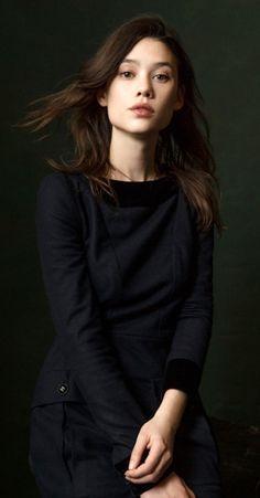 "Astrid Bergès-Frisbey <span class=""EmojiInput mj230"" title=""Black Heart Suit""></span>"