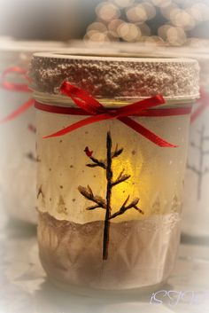 Frosted Mason Jars DIY