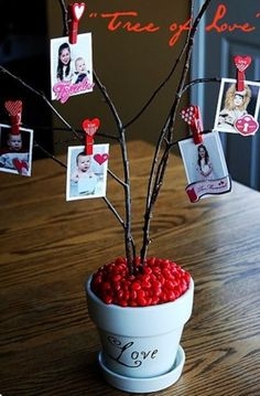Guest Project -- Make a Valentine Tree of Love! Valentine tree how-to (I made a similar tree for Easter years ago - spray painted curly willow branches pink & added glitter; stuck the branches in a pot of plaster of paris & painted the pot to match. Valentine Tree, Valentine Day Love, Valentine Day Crafts, Funny Valentine, Holiday Crafts, Holiday Fun, Valentine Ideas, Valentine Picture, Valentines For Daughter