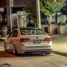 Volkswagen Models, Volkswagen Jetta, Vw Gol, Car Goals, Honda Accord, Amazing Cars, Jdm, Cars And Motorcycles, Automobile