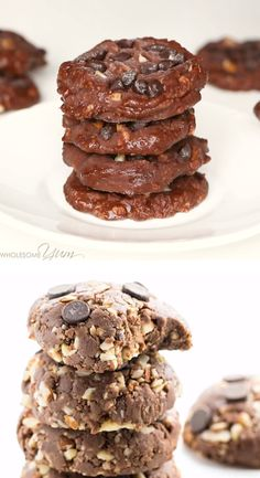 Easy Low Carb Peanut Butter Chocolate No Bake Cookies Recipe - These low carb peanut butter chocolate no bake cookies are easy to make with just 5 ingredients and taste amazing. The best no bake cookies I've ever tried! Keto Cookies, Best No Bake Cookies, Healthy No Bake Cookies, Easy Cookie Recipes, Real Food Recipes, Baking Recipes, Dessert Recipes, Keto Recipes, Keto Friendly Desserts