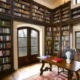 This+Boise+home+has+a+library+and+a+ton+of+reading+nooks,+perfect+for+the+book+lover.+See+it+on+FrontDoor.com.+|+HGTV+FrontDoor