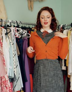 Esme and the laneway: my ideal vintage dress and an autumn thursday